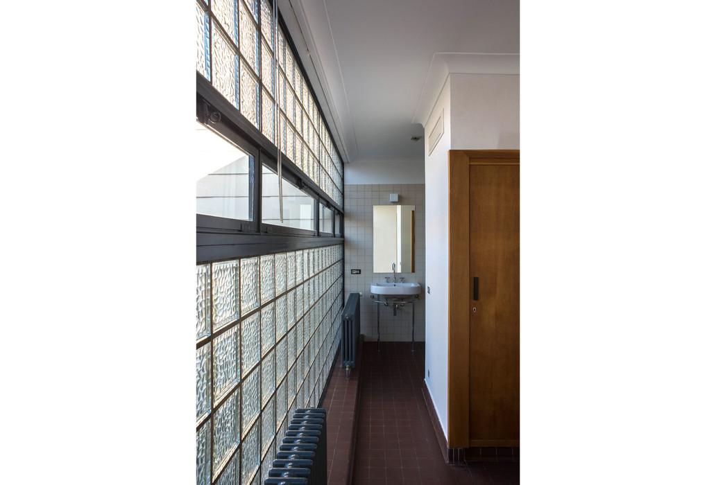 karbon 39 architecture et urbanisme restauration de la maison de verre construite en 1936 par l. Black Bedroom Furniture Sets. Home Design Ideas